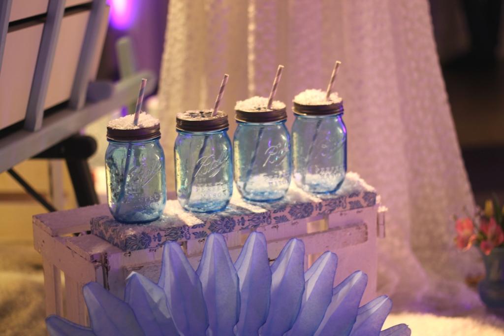 Winter wedding theme