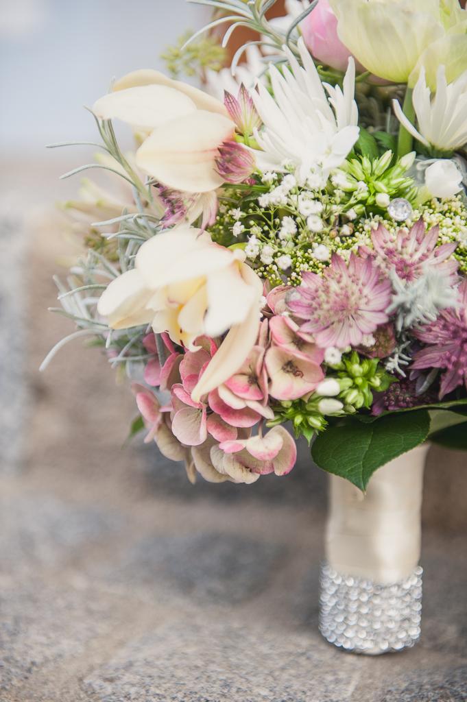 Brautstrauss Pastell Stephanie Liebl Hochzeitsblog Two Wedding