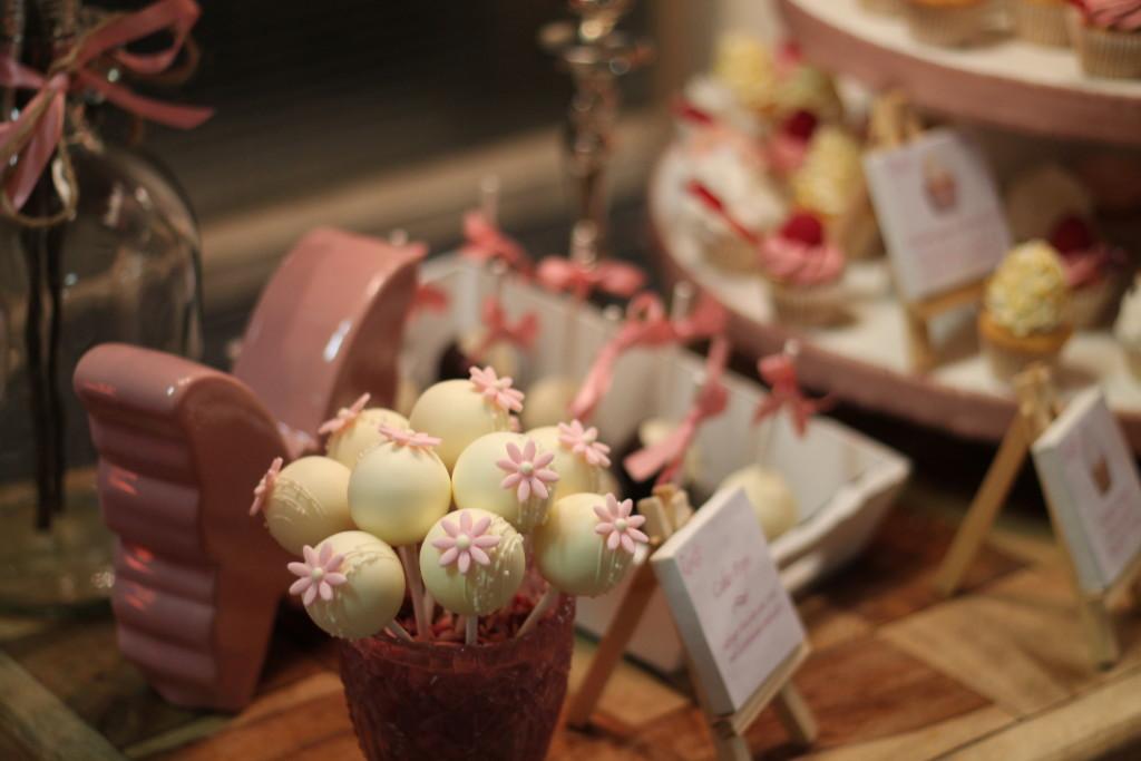 Cakepops in einer Candy Bar