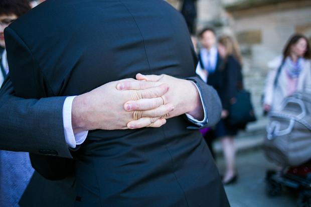 Hochzeit-Frau-Herz-Fotografie_Tina-Markus (38)