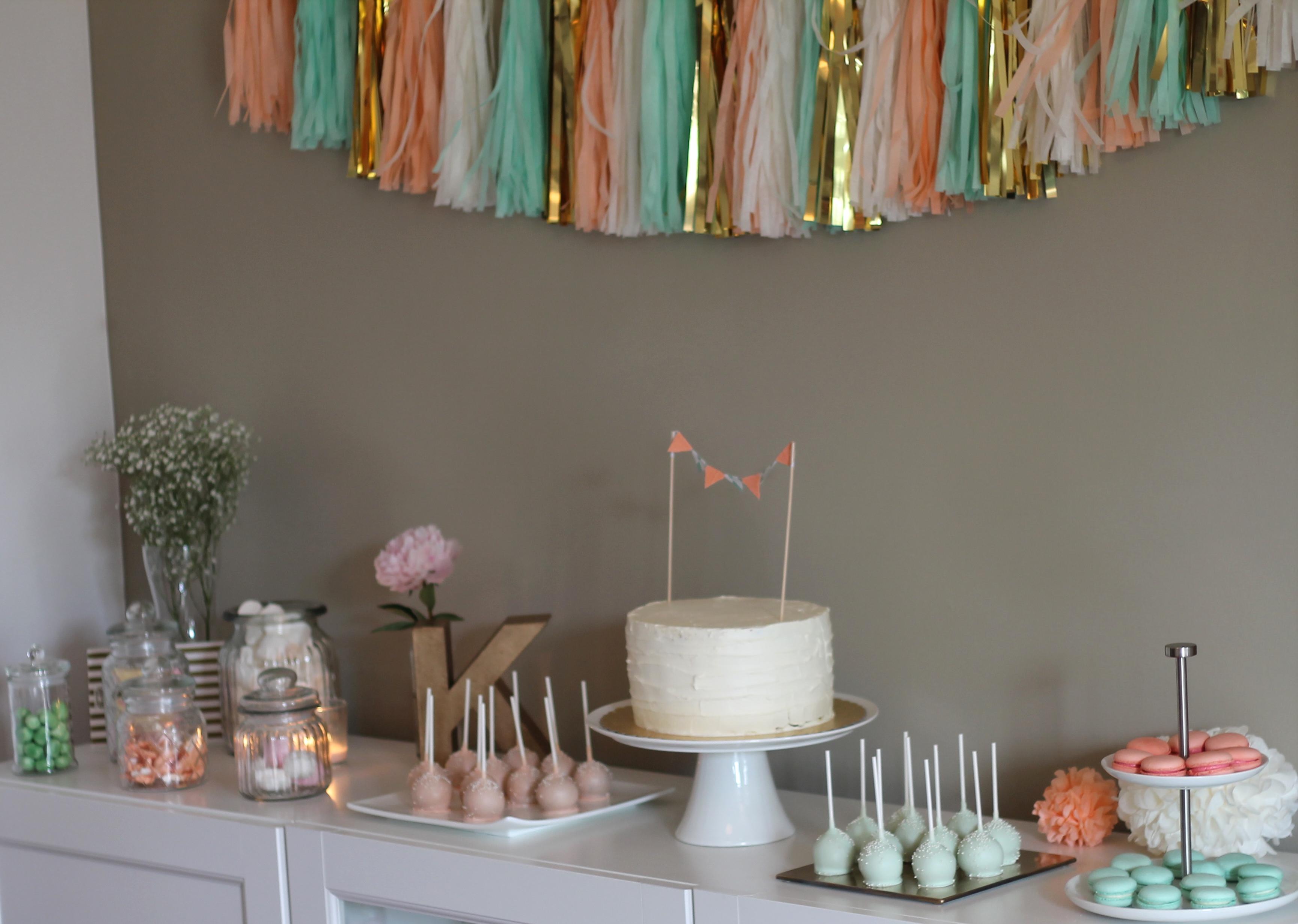 Katharinas Junggesellinnenabschied Sweet Table Dekoration