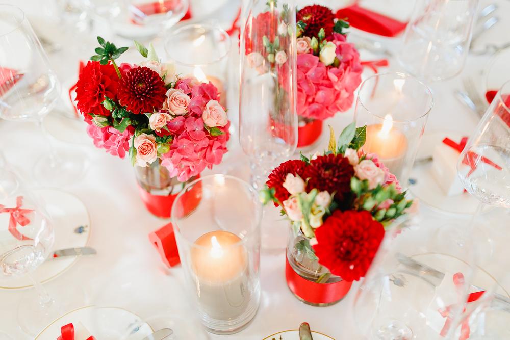 Hochzeit Mit Aussergewohnlichem Farbkonzept Von Irina Und Chris