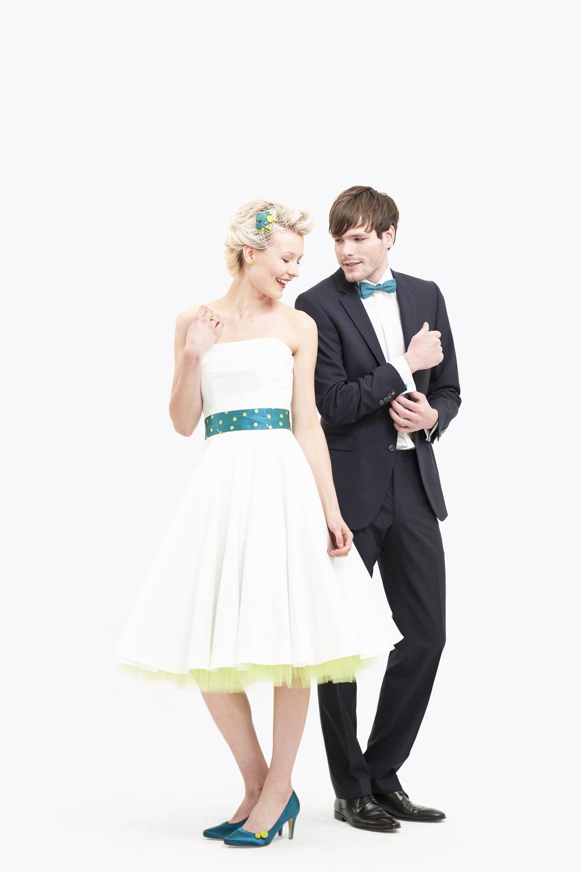 Berühmt Braut Und Bräutigam Kleider Fotos - Hochzeit Kleid Stile ...